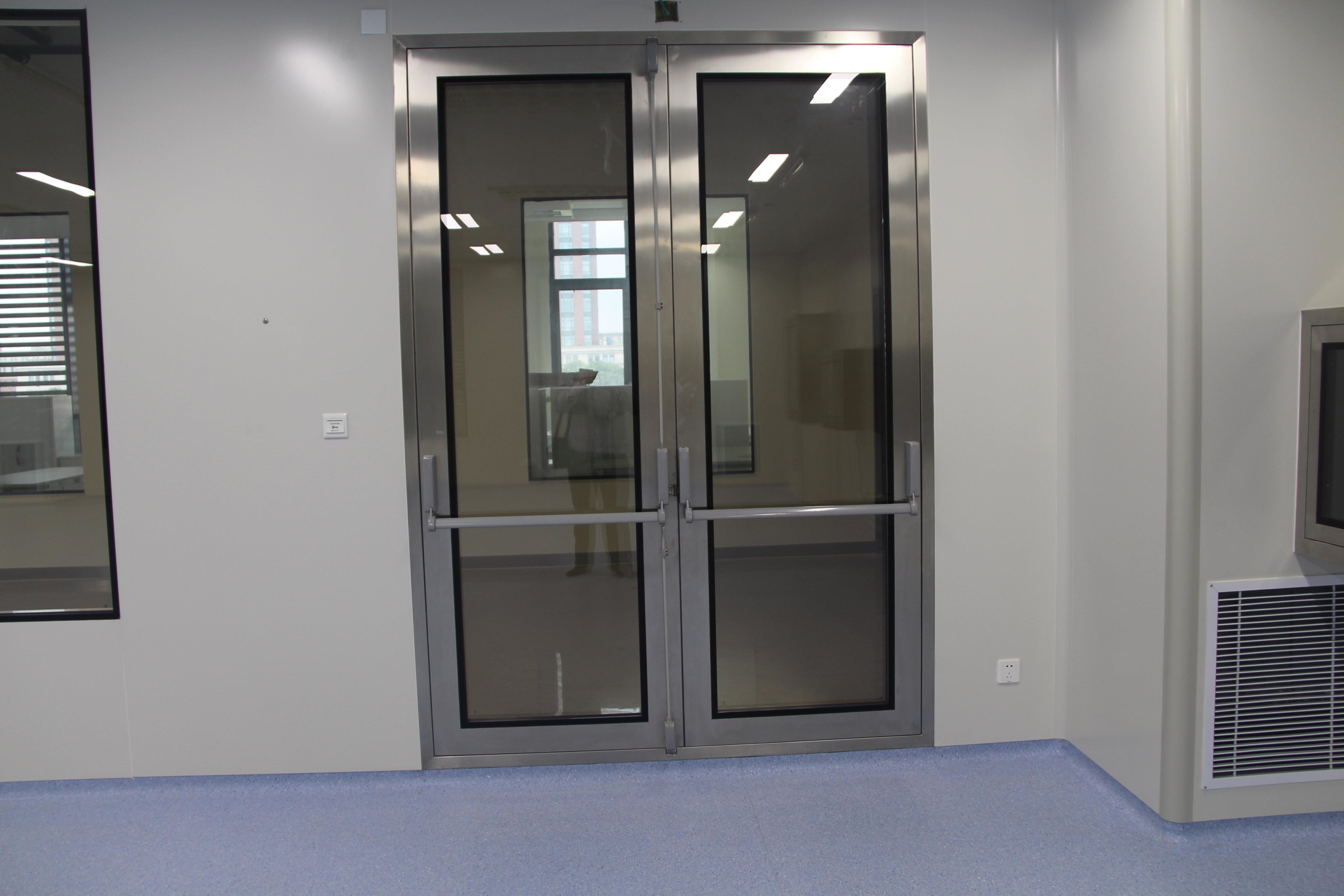 不锈钢安全门