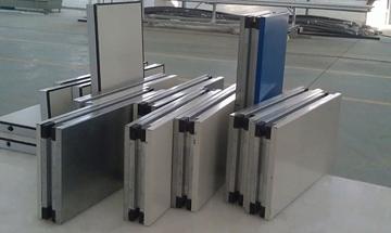 無框架防冷橋聚氨酯保溫板