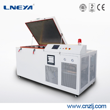 LNEYA冠亚生产金属冷处理箱-80℃~60℃