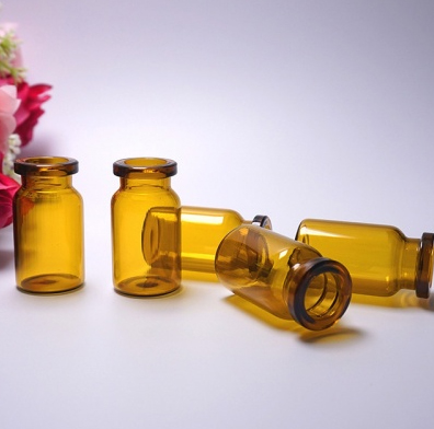 棕色管制瓶