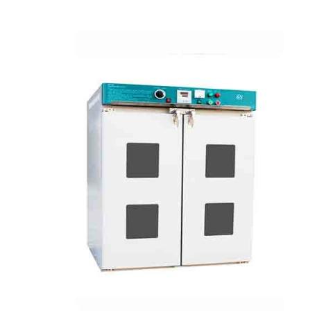大型電熱鼓風干燥箱