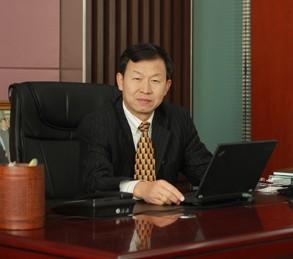 杨大俊:以开发全新好疗效药为目的 与跨国药企竞争