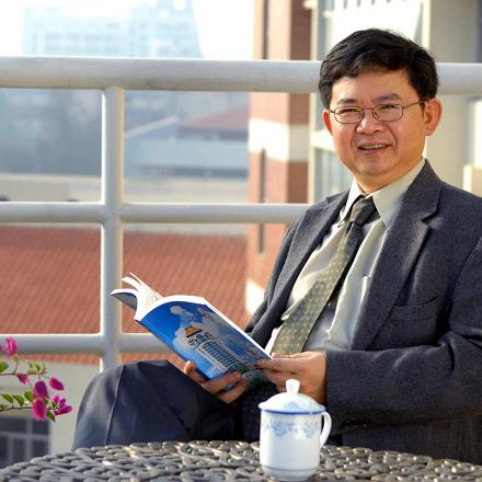 """厦大药学院院长张晓坤教授:从抗癌创新药到减肥潜力股,始终专注""""核受体"""""""