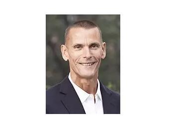 Esperion公司的总裁兼首席执行官Tim M. Mayleben先生