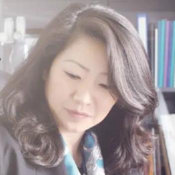 药由心声 | 班艳:做中国医药行业和世界的沟通者